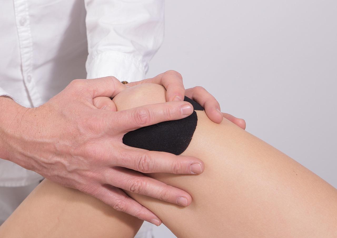 Articulation du genou par un chiropracteur